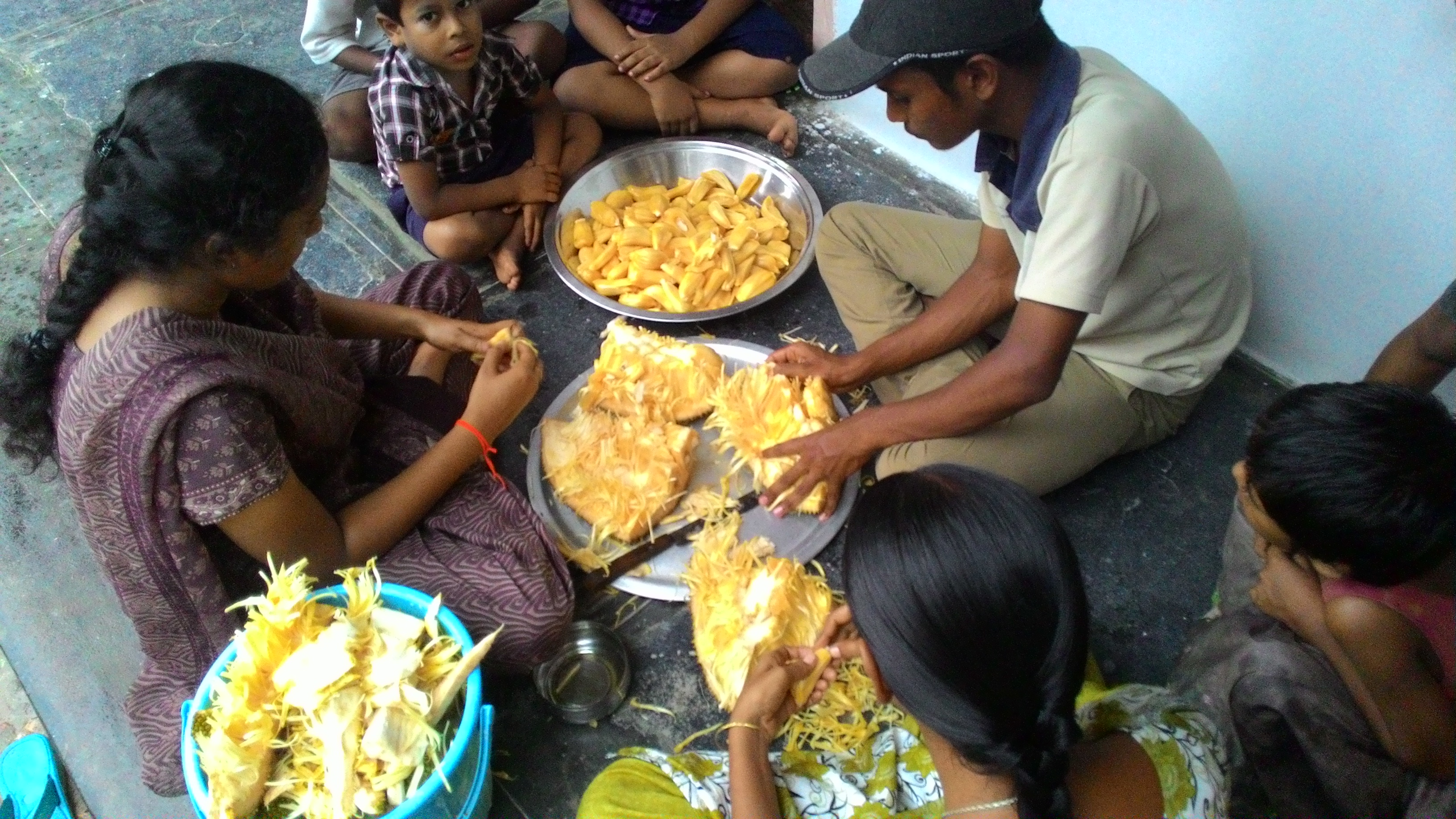 Processing a jack fruit