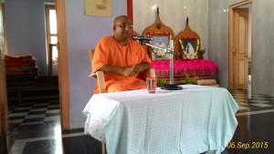 Rev. Swami Guneshanandaji.